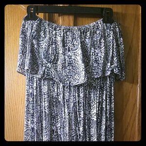 Dresses & Skirts - Boho strapless ruffle-top maxi dress